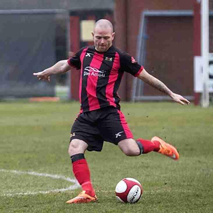 Player boss McGrath pens new deal