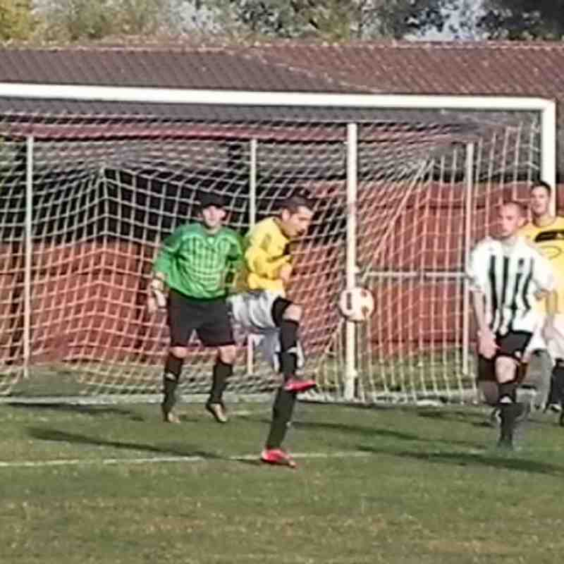Match photo,s Notts Police v Basford 01-10-11