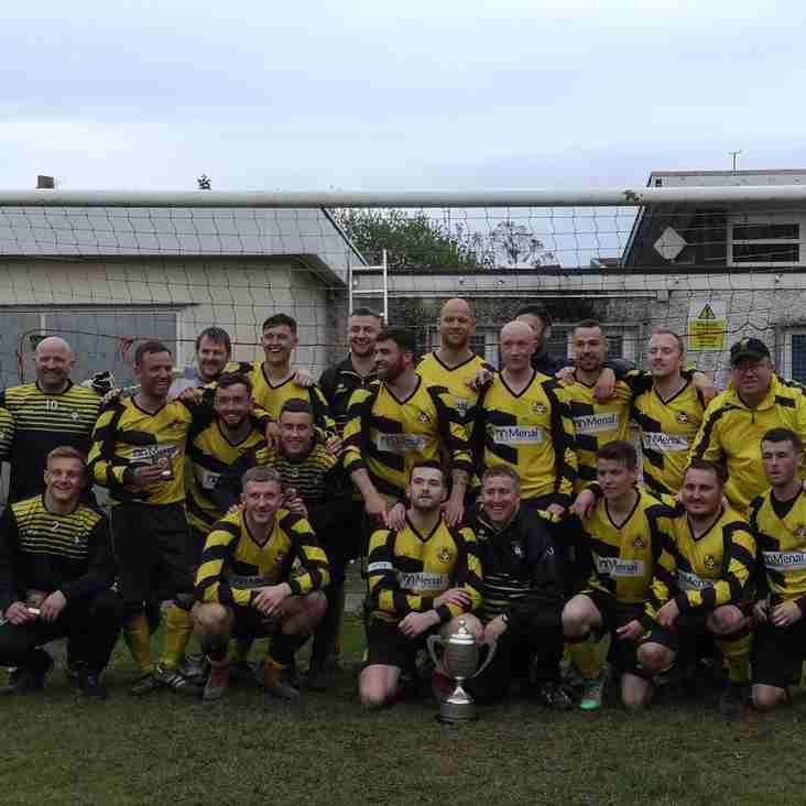MENAI BRIDGE TIGERS WIN THE GWYNEDD FOOTBALL LEAGUE
