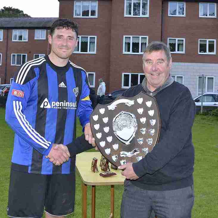 Bro Goronwy presented with the League Runners-Up Shield