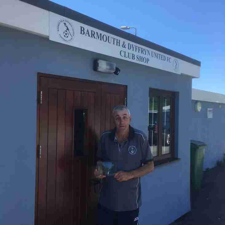 Barmouth & Dyffryn United FC top the Program Chart yet again