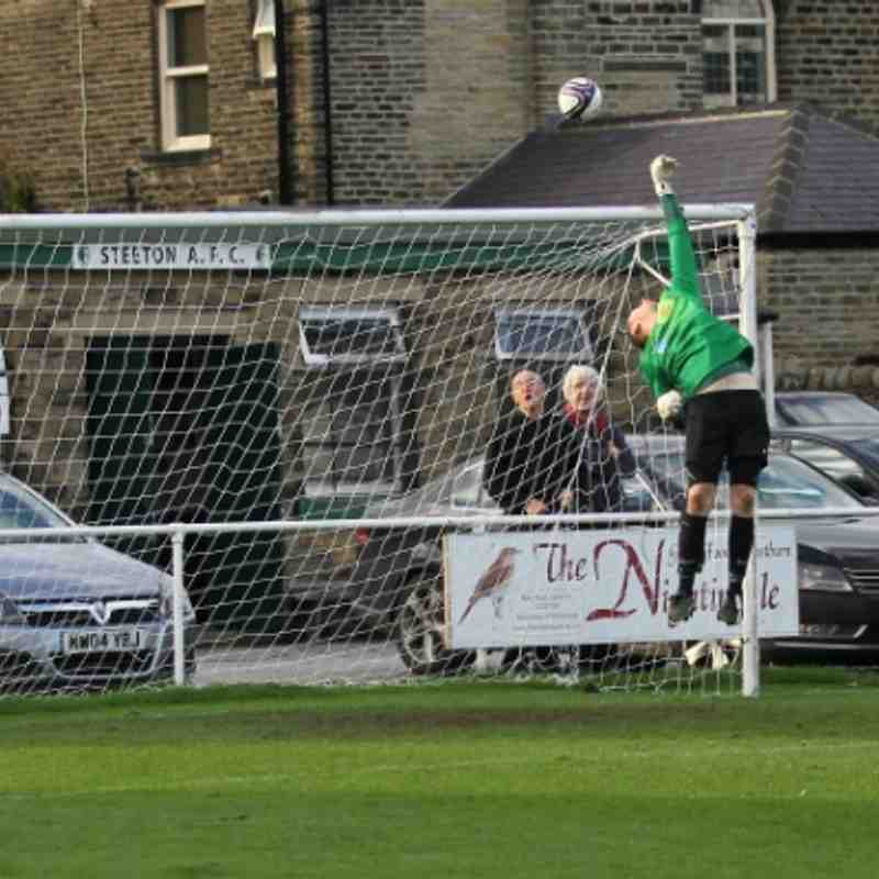 Steeton  1  Wakefield City   3