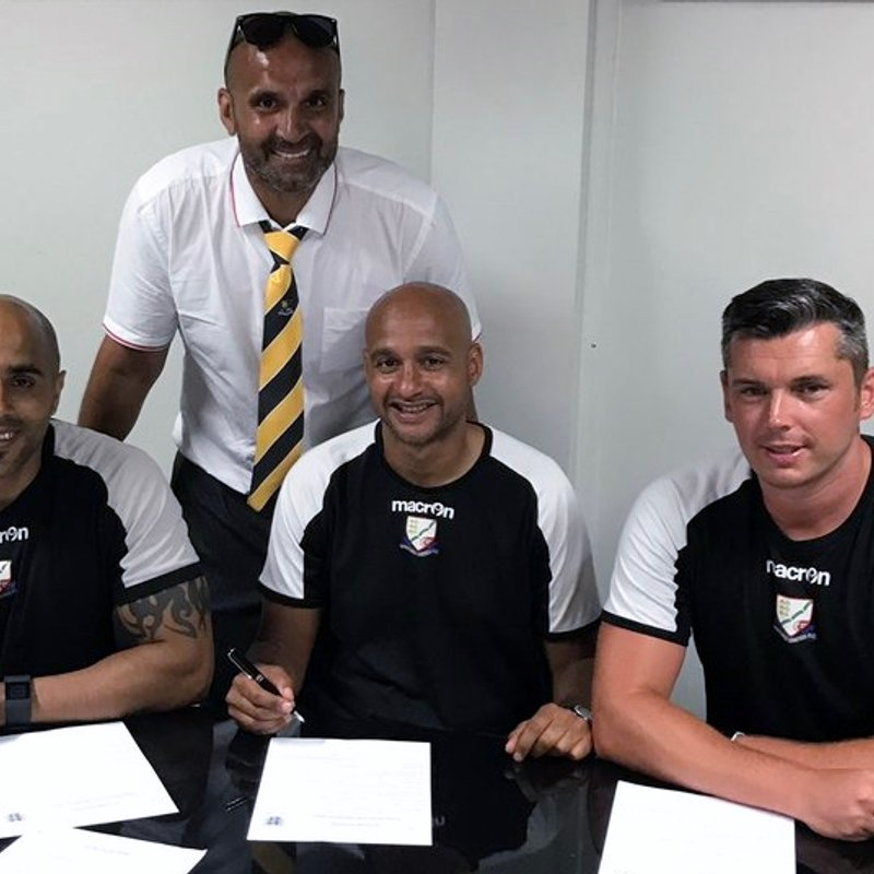 Management trio sign new contracts