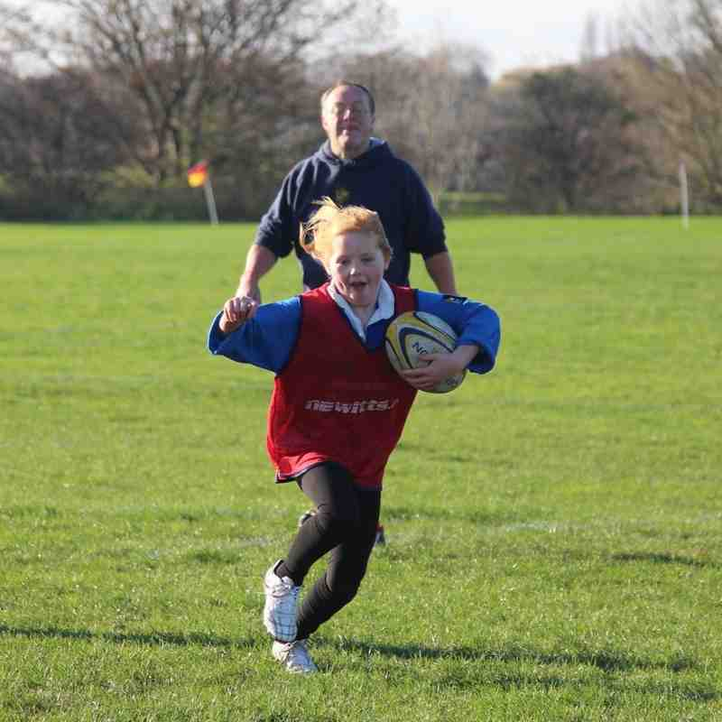 "Year 5 & 6 girls ""come-and-try-rugby"" session - 22-Nov-15"