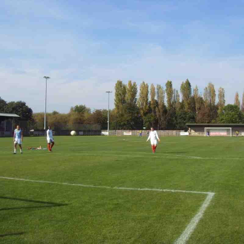 Uxbridge FC v Marlow FC 1st Oct 2011 Result 2-1
