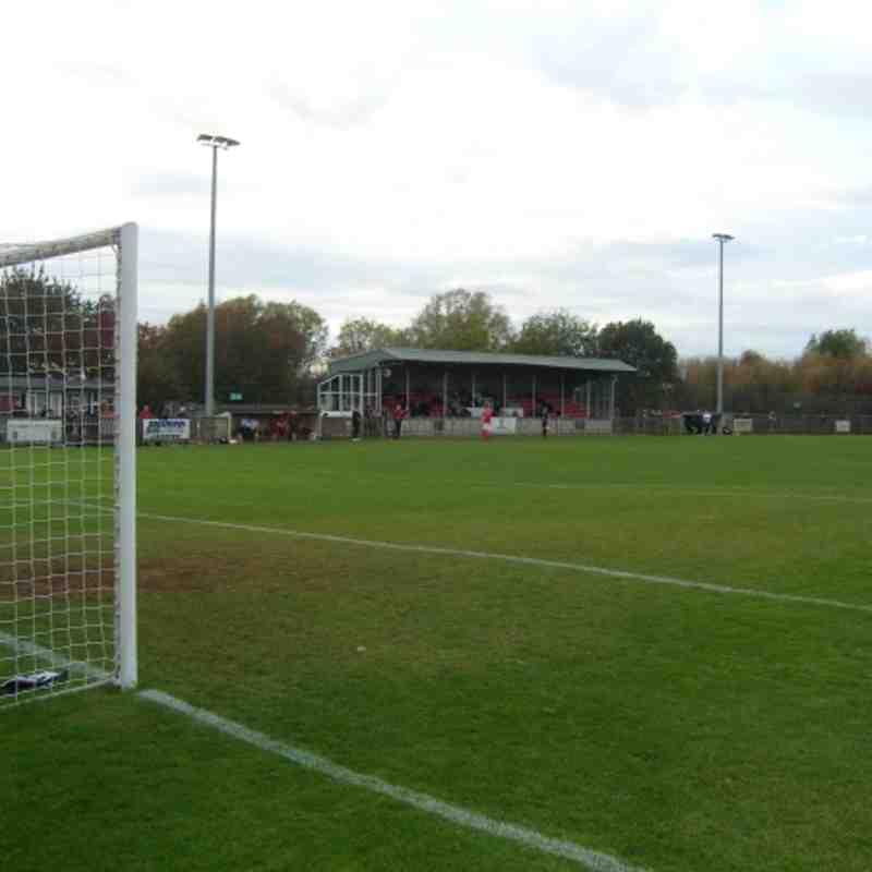 Uxbridge FC v Biggleswade Town FC Sat 29th October 2011 Result 1-0