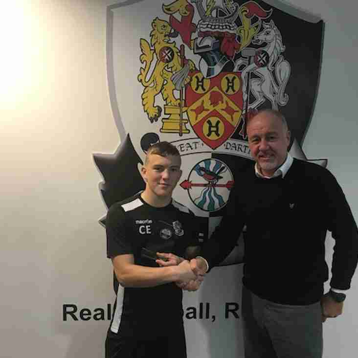 Dartford's Edmundson grabs Young Player of the Month Accolade