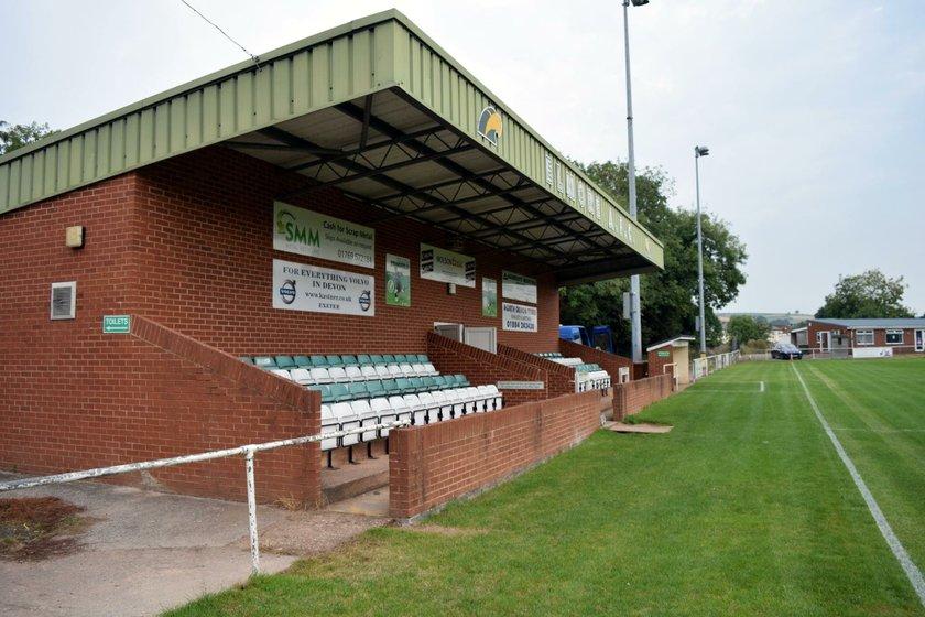 Elmore FC v Axminster FC