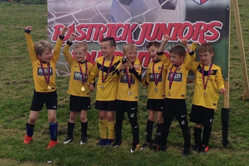 Our U7s win Rastrick tournament