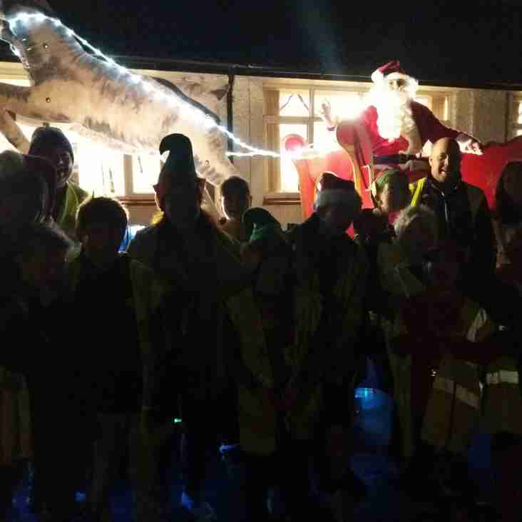 Beeston FC and Round Table bring Christmas cheer to Chilwell