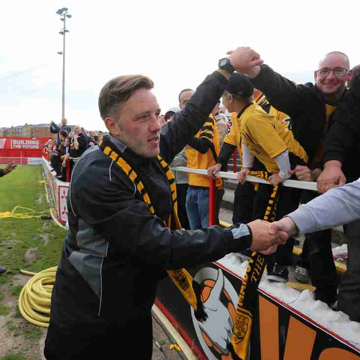 Maidstone Manager Saunders Hails His Players' Character