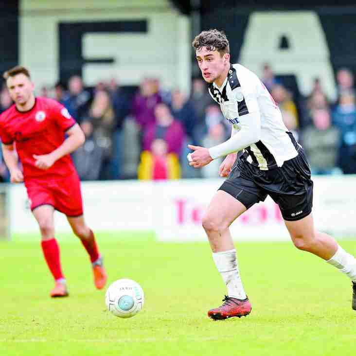 Kil Joy! Magpies Man Max Seals Move To Wolverhampton