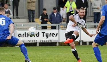 Hayes 'Goes Home' As Midfielder Re-Signs For Dartford