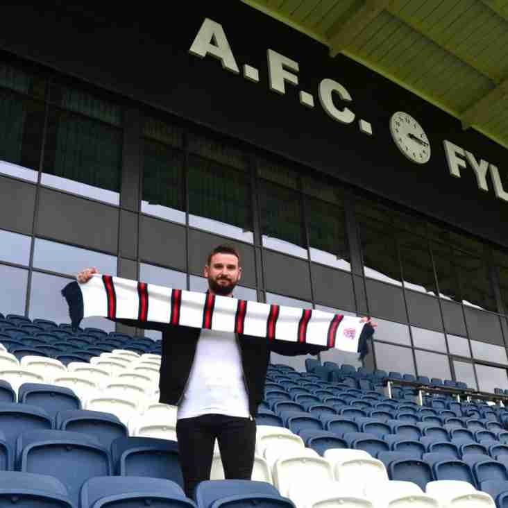 It's Seven Up For Challinor As Yeates Signs For Coasters