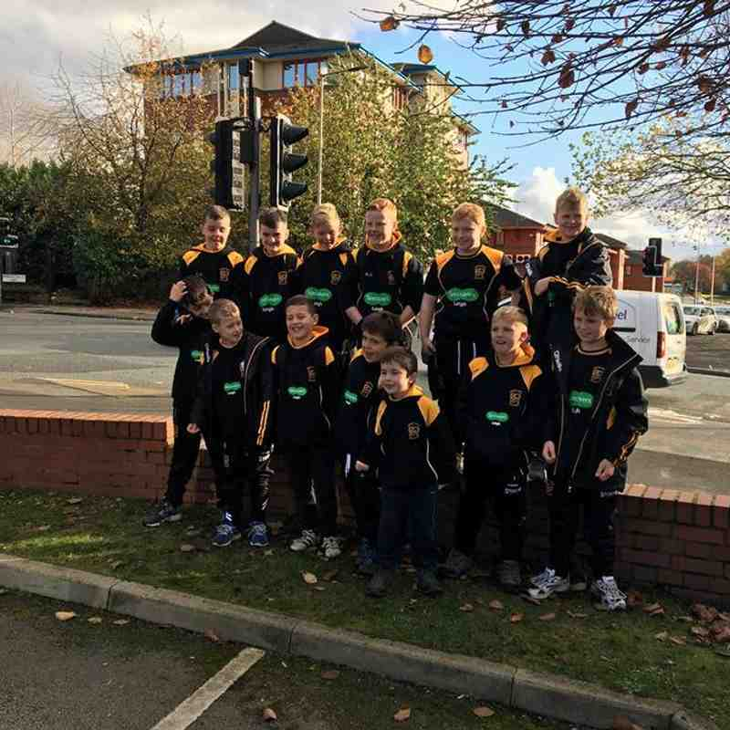 Leigh Lions Under 10's Sponsored Walk, Wigan Town Centre Back To The Club - 4/11/2017