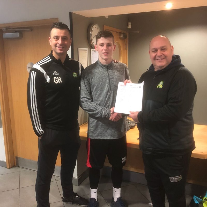 Ginnelly Signs Exciting Young Striker