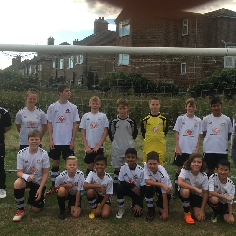 Under 12 Orange beat Istead Rise Colts 4 - 1