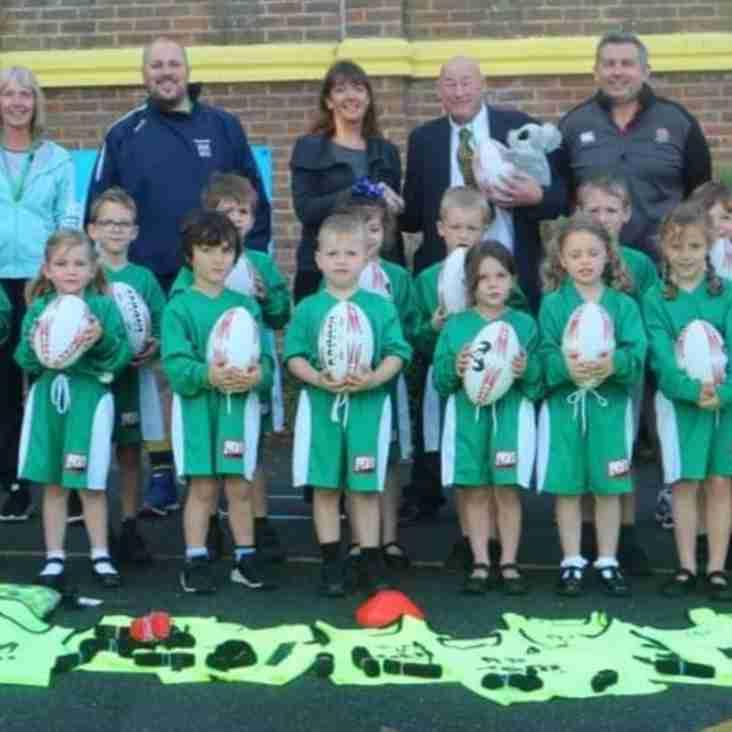 Eastbourne RFC  Donates To Eastbourne School