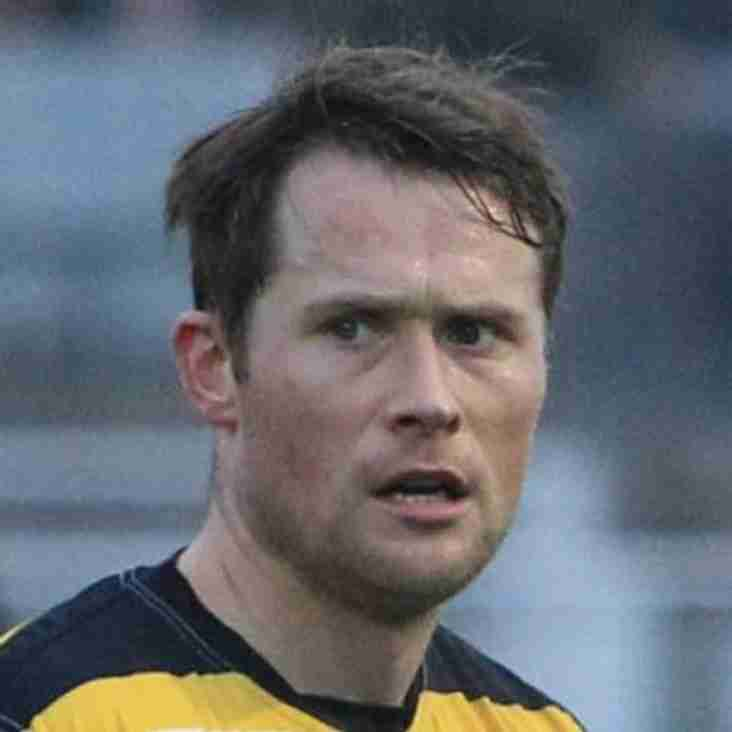 The Nailers retain midfielder Callum Lloyd