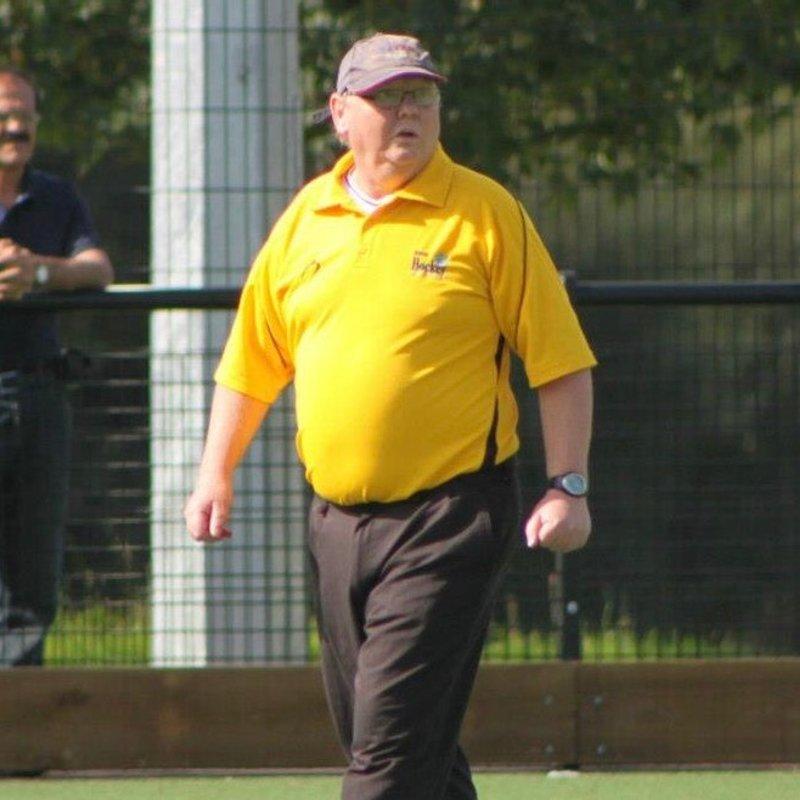 Rob Logan wins Devon umpire of the year