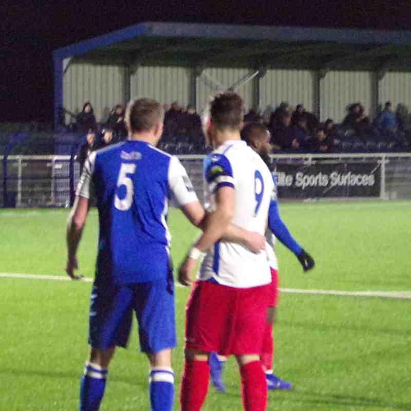 Grays Athletic 3-4 Aveley FC