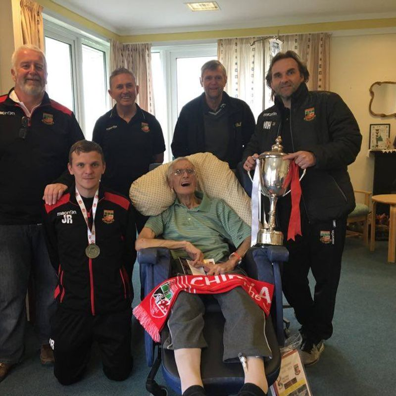CHIRK SHOW OFF TROPHY