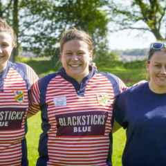 SOUTHPORT LADIES HELP LANCASHIRE TO STOOP TO CONQUER