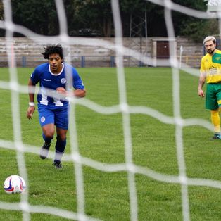 Clevedon Town (2) v Bitton (4) - Match Report