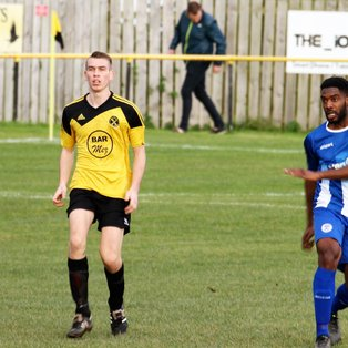 Torpoint Athletic (1) v Clevedon Town (0) - Match Report