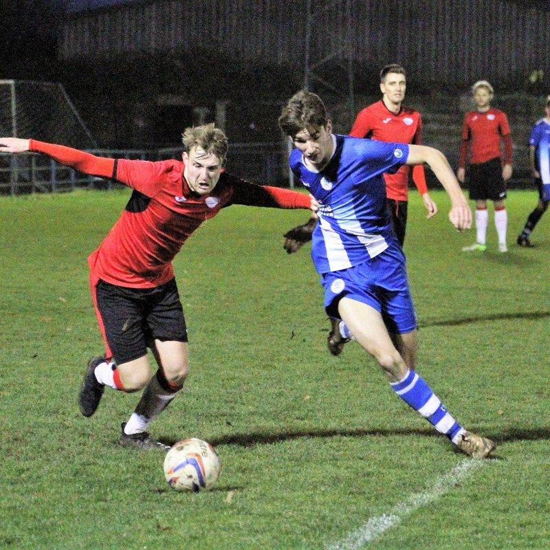 Clevedon Town (2) v Cribbs (2) - Match Report