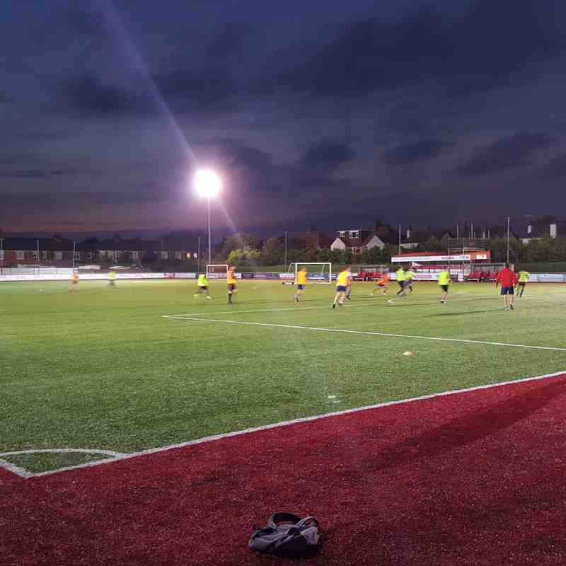 Worthing Dynamos - Back under the floodlights!
