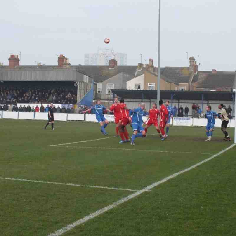 Lowestoft Town v Averly
