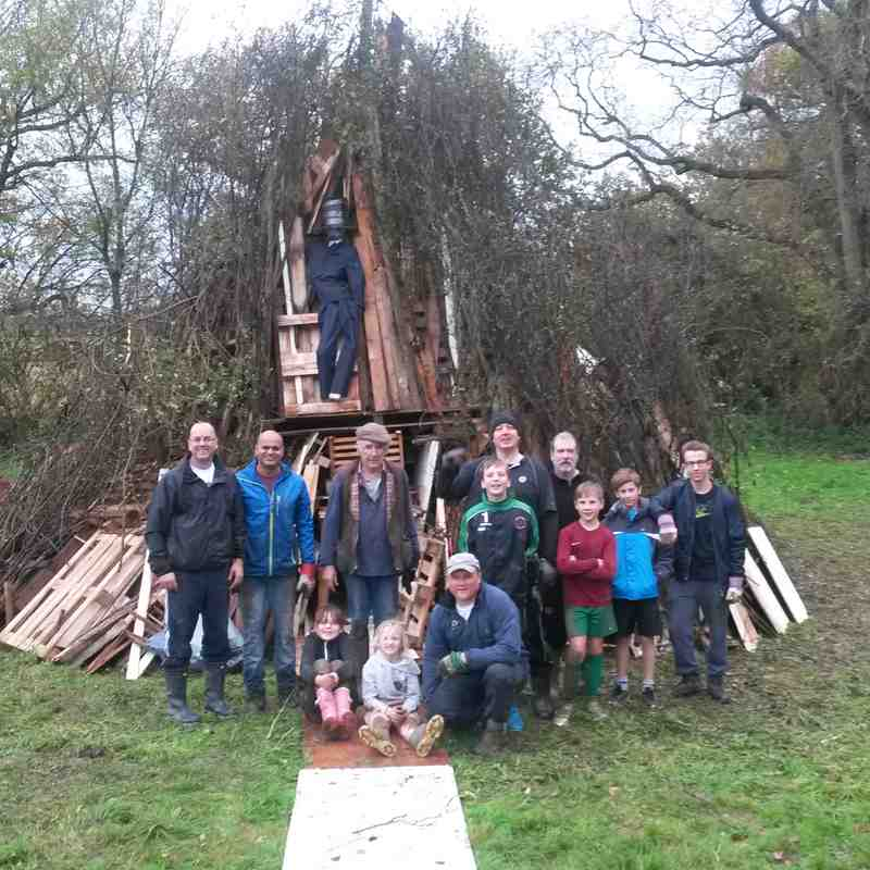 South Nutfield Bonfire Build
