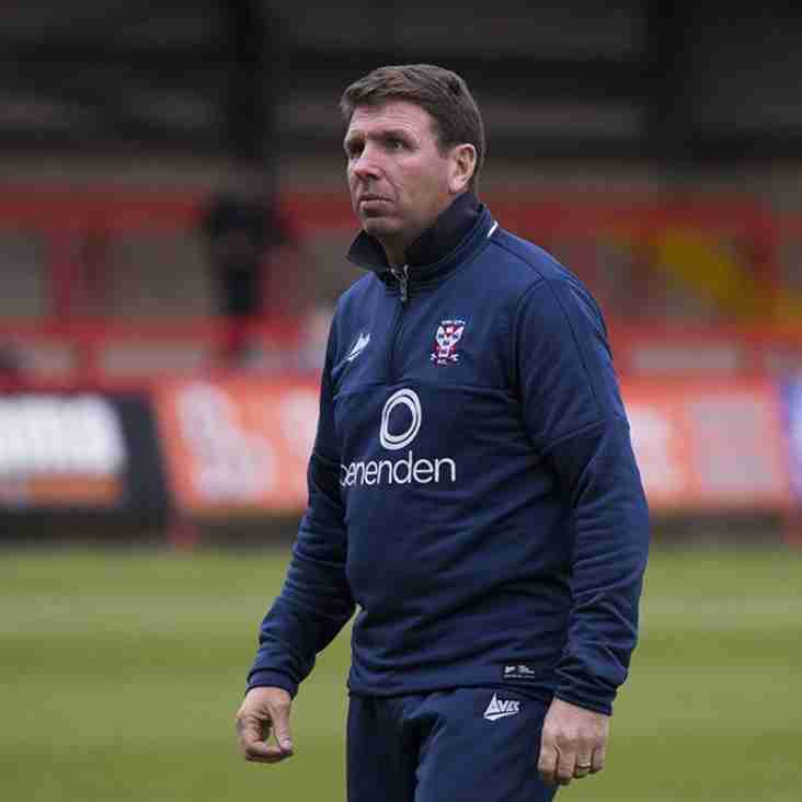 Boss Gray Urges His Minstermen To Shape Up For Play-Off Push