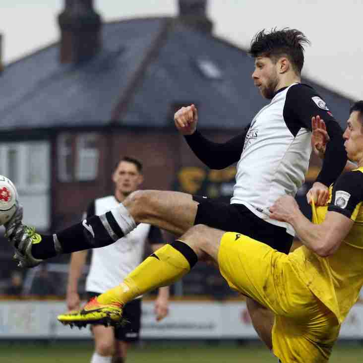 Gannon Urges Stockport Players To Raise Their Games