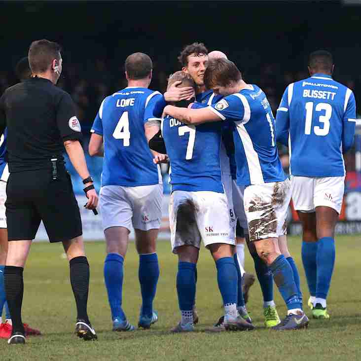 'Dominant' Silkmen Recover Again To Retake Top Spot