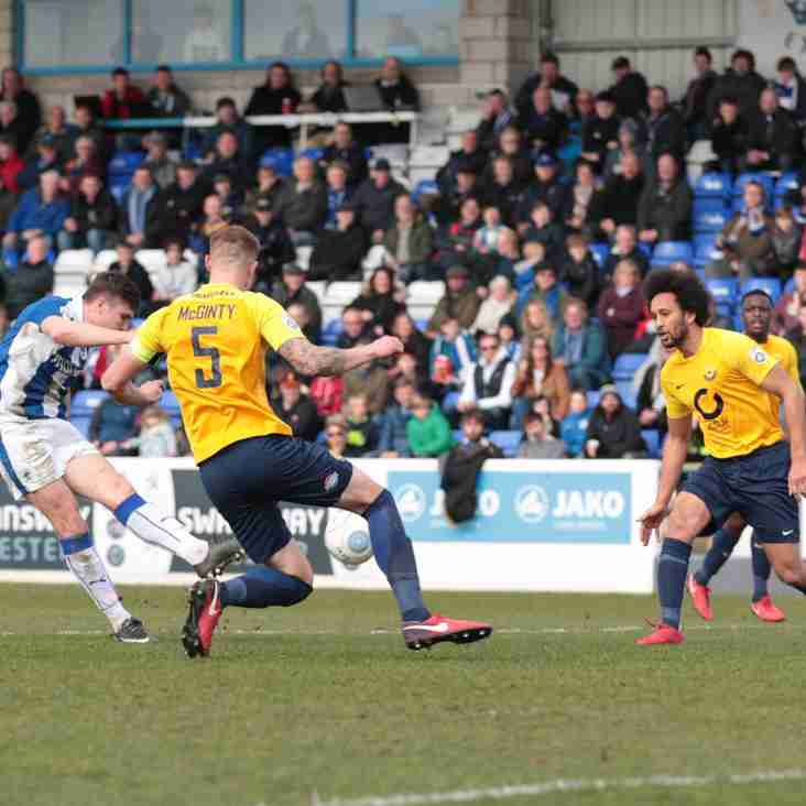 Torquay Hope To Play Their Cards Right In Showdown
