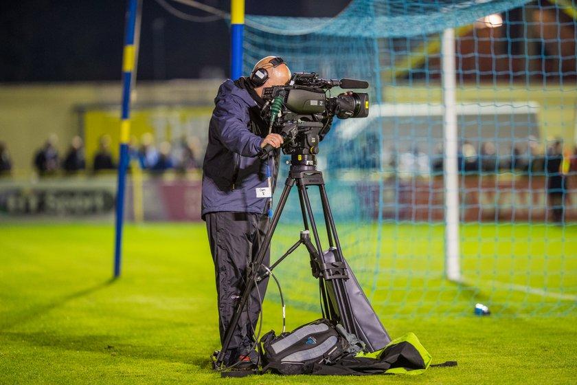 Emirates FA Cup tie live on BBC