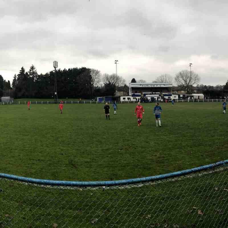 Marlow United v Burghfield FC