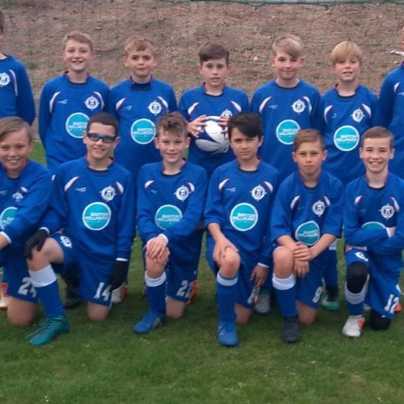 Under 11s - Bisons beat FC Woodley Zebras Stripes 7 - 1