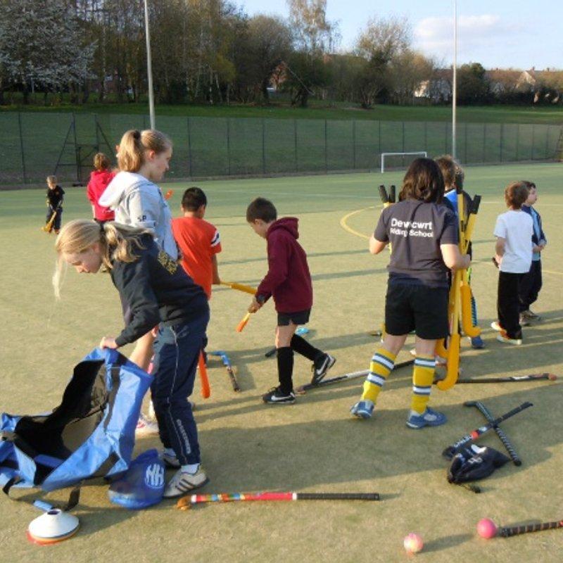 Abergavenny Hockey Fun Sessions for children aged 7-11