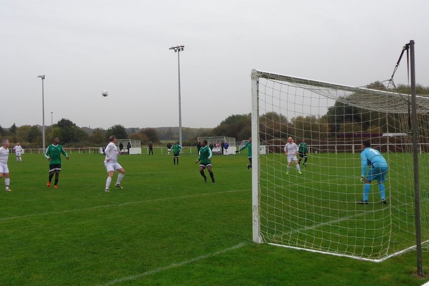 *** Vets Hit The Top of the League *** (Now in Photos Latest Pics of the match)