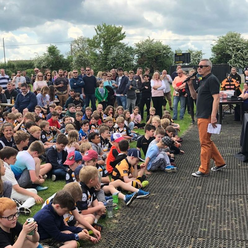 Over 400 people attend Mini and Junior Awards.