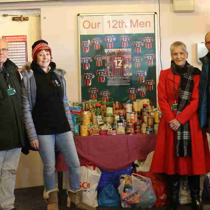 Footie Fans Pitch In For Foodbank
