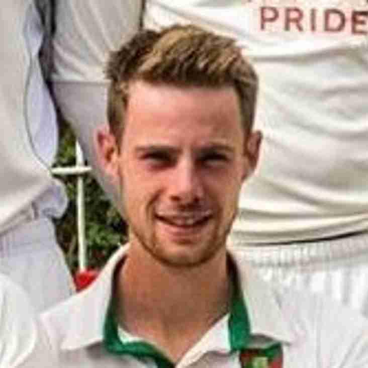Robbie White returns to Essex