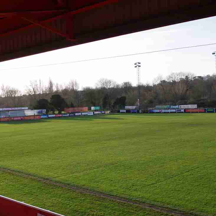 Lovely day for Football - And Just a Fiver Admission!