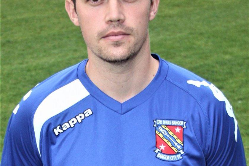DARLO DEPARTS   Alex Darlington joins MOSTA FC