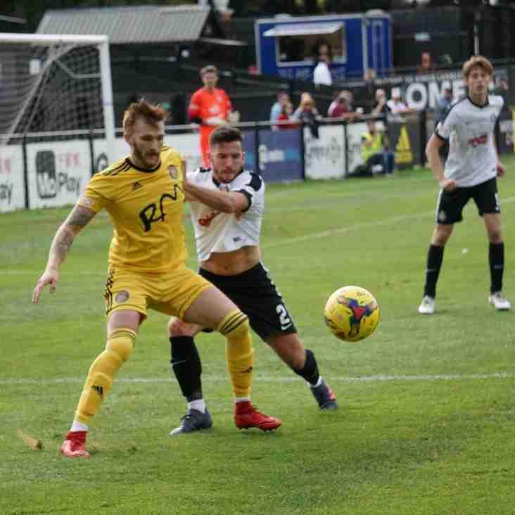 Kings Langley 2-2 Tiverton Town