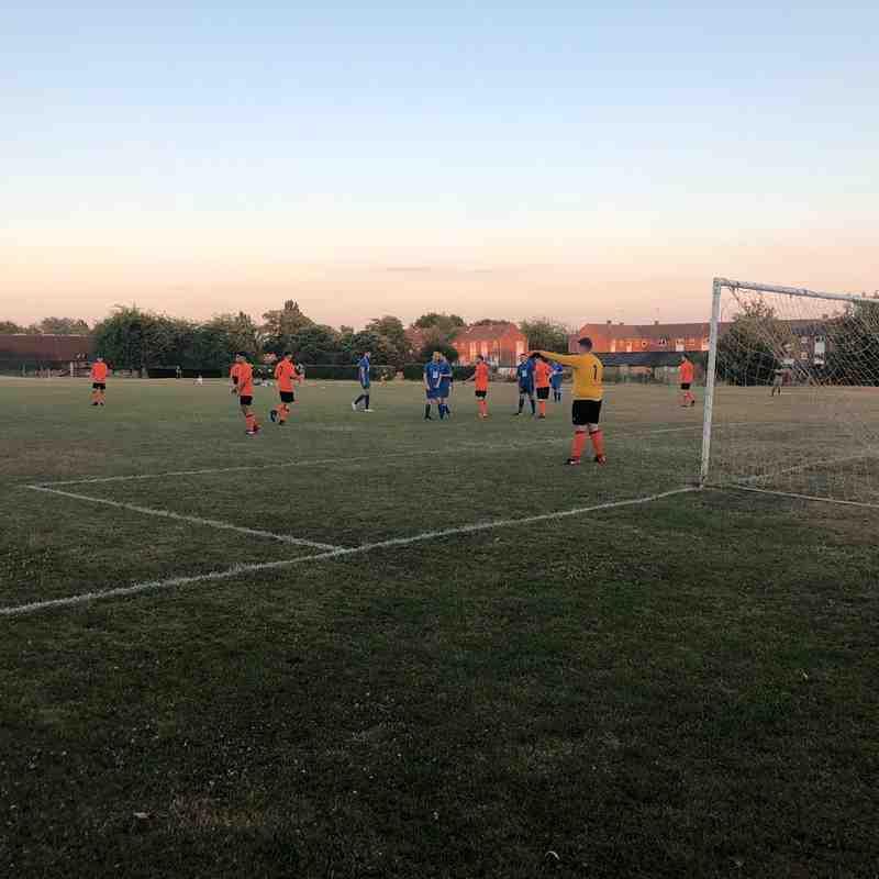 Hatfield Town First vs U25s