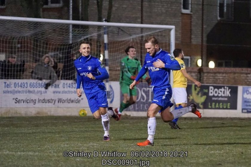 Trawlerboys confirm two new signings